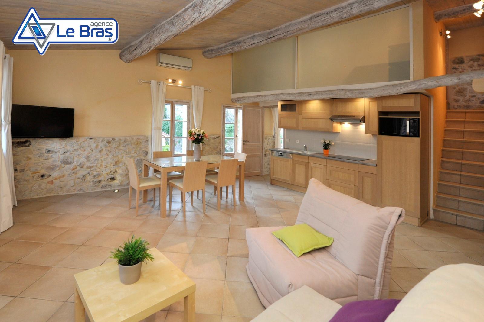 vente duplex dans le quartier historique du cannet. Black Bedroom Furniture Sets. Home Design Ideas